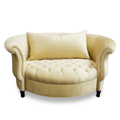 Cuddle Vanilla Cream Velvet Chair
